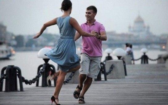 Всех желающих научат танцевать в парке Горького Как провести выходные в Москве Как провести выходные в Москве 5 7 14 7