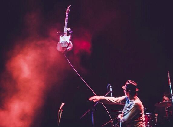 Пит Доэрти во время выступления в ГлавClub Топ 10 площадок для концертов Топ 10 площадок для концертов image 09 07 14 20 48 8
