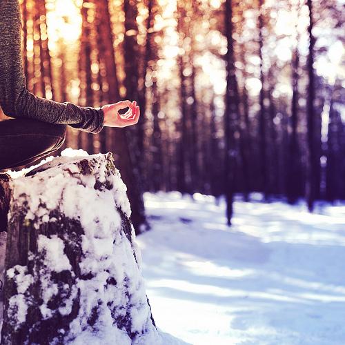 online-yoga-yogavibes-yoga-online-winter-meditation Пять событий декабря Пять событий декабря online yoga yogavibes yoga online winter meditation