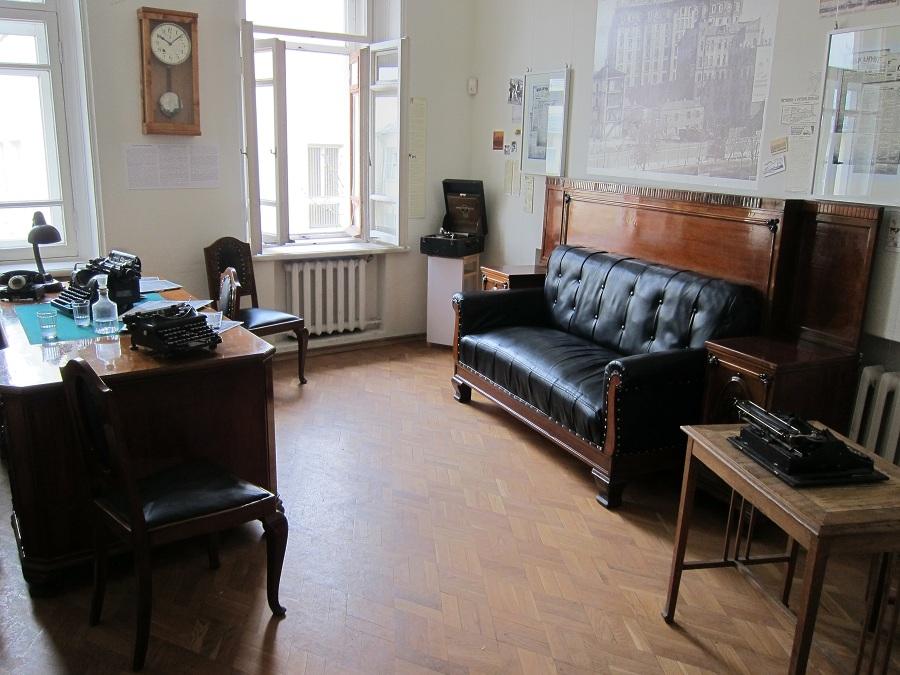 Photo of В гостях у мастера, или та самая квартира та самая квартира В гостях у мастера, или та самая квартира 0051zb01