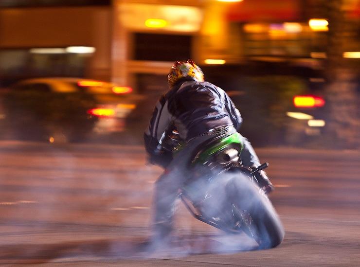 Photo of Мотоциклистам могут запретить кататься по Москве ночью  Мотоциклистам могут запретить кататься по Москве ночью 1294000
