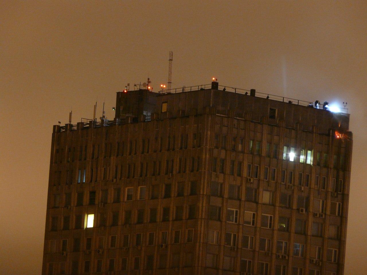 """Photo of На северо-востоке Москвы загорелось здание """"Мосгипротранса""""  На северо-востоке Москвы загорелось здание """"Мосгипротранса"""" 253"""
