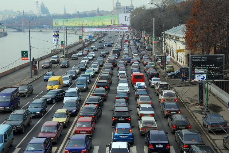 Photo of Москвичи начали избавляться от автомобилей и гаражей Москвичи начали избавляться от автомобилей и гаражей Москвичи начали избавляться от автомобилей и гаражей o moskve kak zdes zhit moskva article