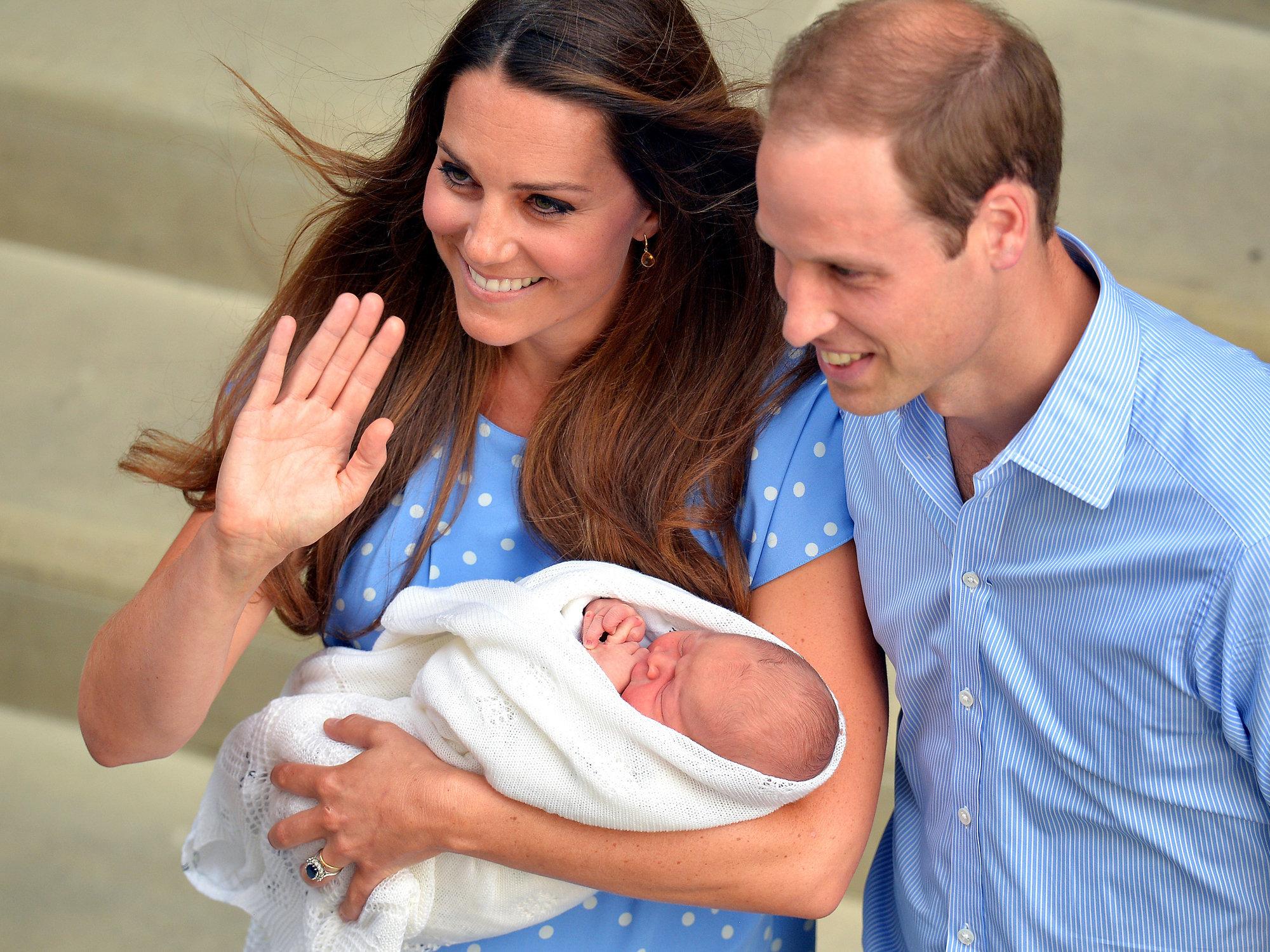 Photo of Герцогиня Кембриджская родила девочку Герцогиня Кембриджская родила девочку Герцогиня Кембриджская родила девочку 1062199991