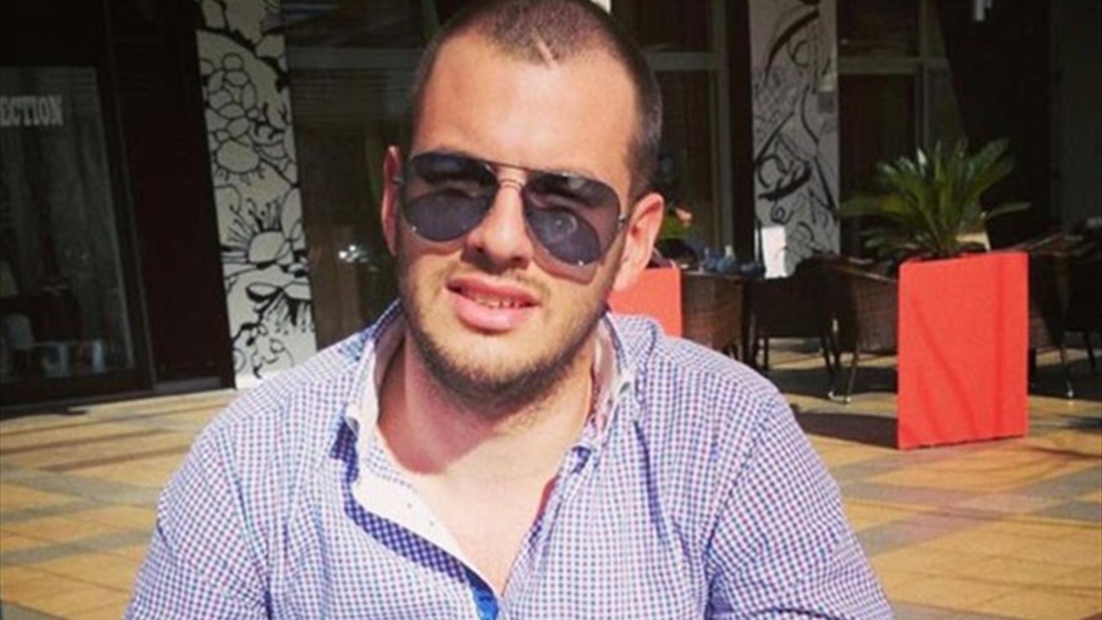 Photo of Черногорский фанат – дебошир, попавший фаером в Игоря Акинфеева, подарил ему часы Черногорский фанат - дебошир, попавший фаером в Игоря Акинфеева, подарил ему часы Черногорский фанат – дебошир, попавший фаером в Игоря Акинфеева, подарил ему часы 1451591 31028746 1600 900