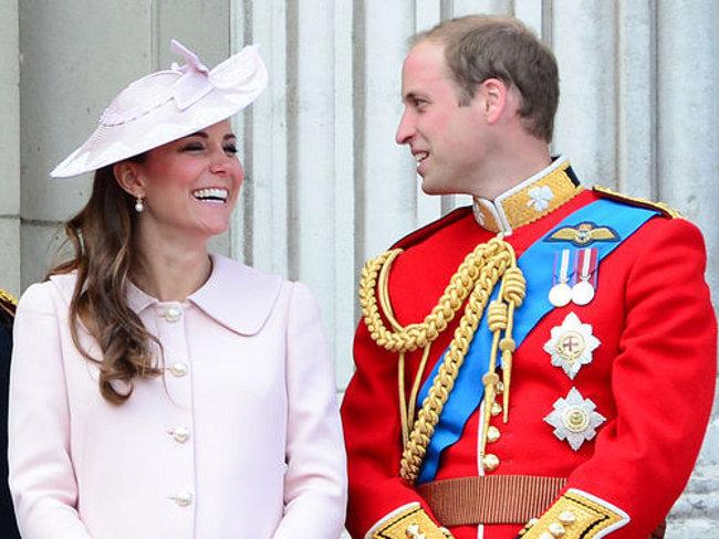 Photo of Герцогиня Кейт доставлена в лондонский роддом Герцогиня Кейт доставлена в лондонский роддом Герцогиня Кейт доставлена в лондонский роддом 9