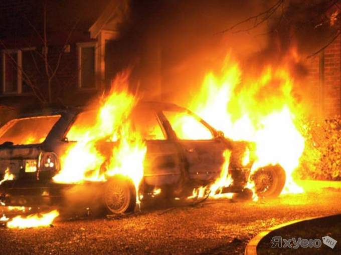 Photo of Три автомобиля сгорели на Волгоградском проспекте Три автомобиля сгорели на Волгоградском проспекте Три автомобиля сгорели на Волгоградском проспекте 1389799580 12917098766354