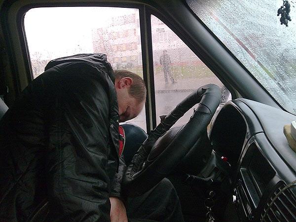 Photo of Водитель грузовика потерял сознание за рулем Водитель грузовика потерял сознание за рулем Водитель грузовика потерял сознание за рулем 223 face