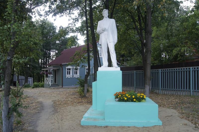 Дача Маяковского на Акуловой горе