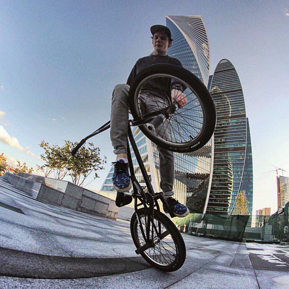 BMX BMX-культура: маленькие велосипеды для больших трамплинов BMX-культура: маленькие велосипеды для больших трамплинов sIRRPnMBfw