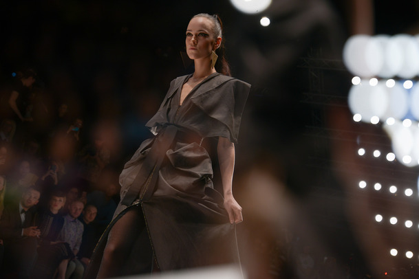 nazmieva THE OPENING OF THE 32ND SEASON OF MERCEDES-BENZ FASHION WEEK RUSSIA THE OPENING OF THE 32ND SEASON OF MERCEDES-BENZ FASHION WEEK RUSSIA nazmieva 7 of 8