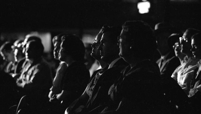 Photo of Арт-кино со вкусом: где смотреть немассовое кино где смотреть немассовое кино Арт-кино со вкусом: где смотреть немассовое кино tumblr msj2jpn07Y1sfie3io1 1280 1 770x439 c