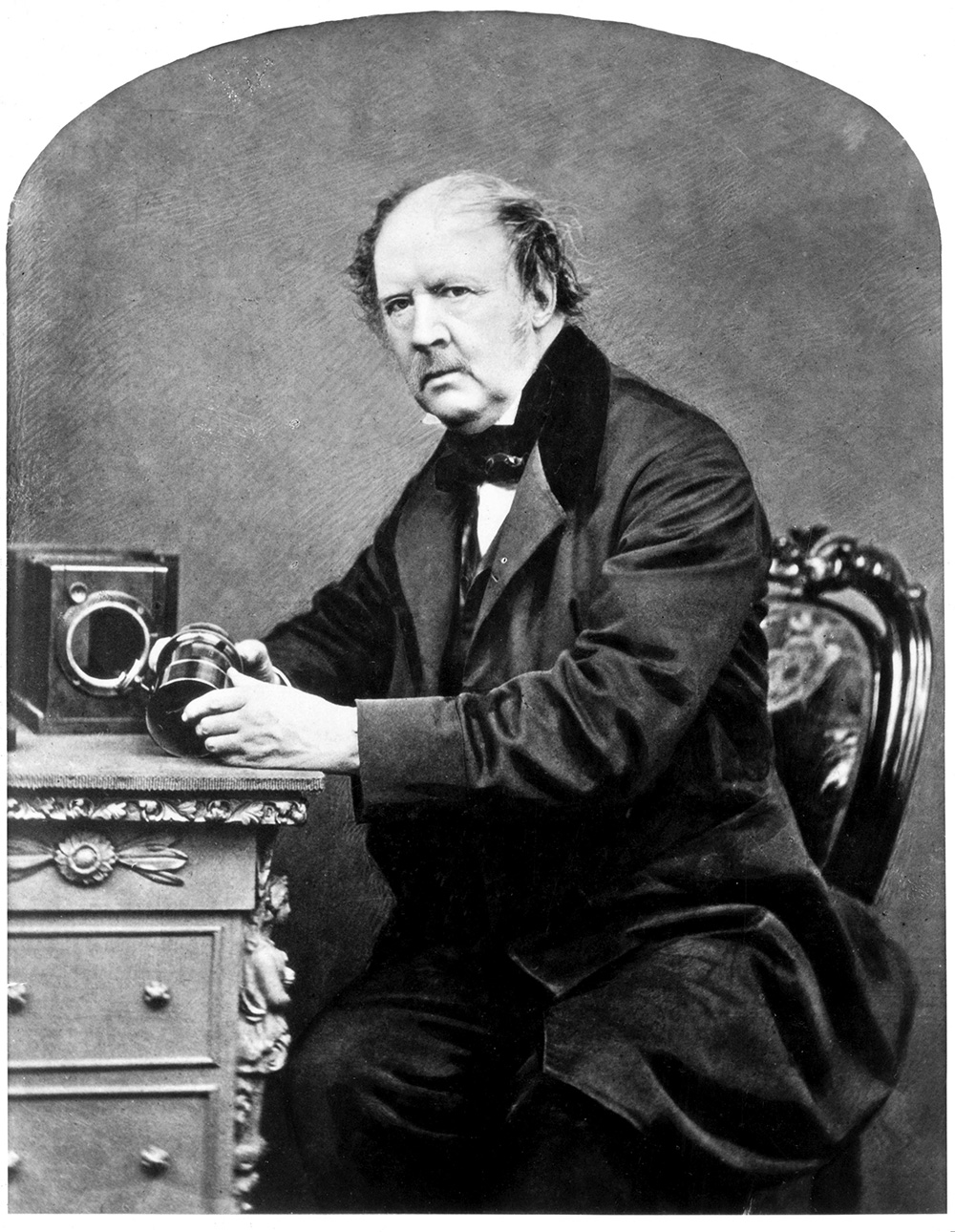 calotype vs daguerreotype Calotype is the negative pros: on paper, there is a negative & a positive, larger, more business cons: fuzzier, takes time negative and paper are held together and exposed, can take mins or hours (talbot 45 mins.