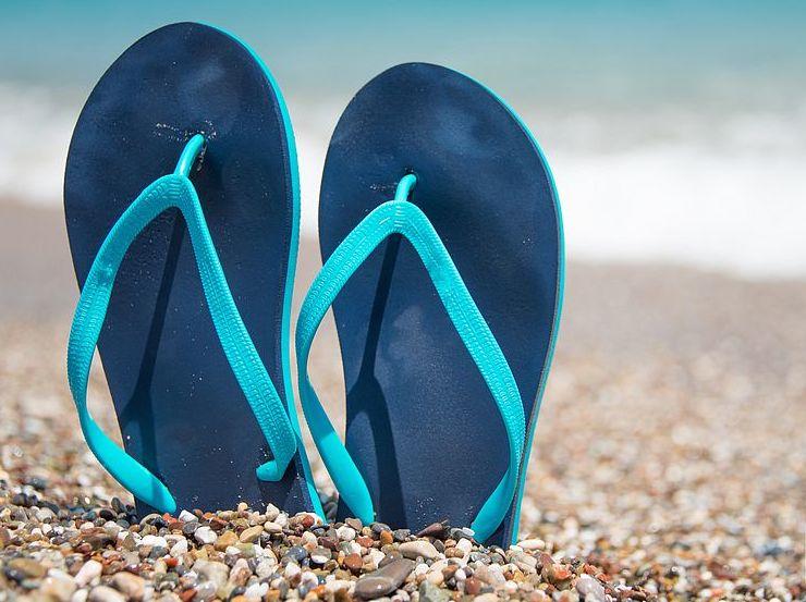 Photo of TOP 50 вещей, которые необходимо взять на пляж пляжный отдых TOP 50 вещей, которые необходимо взять на пляж slantsy