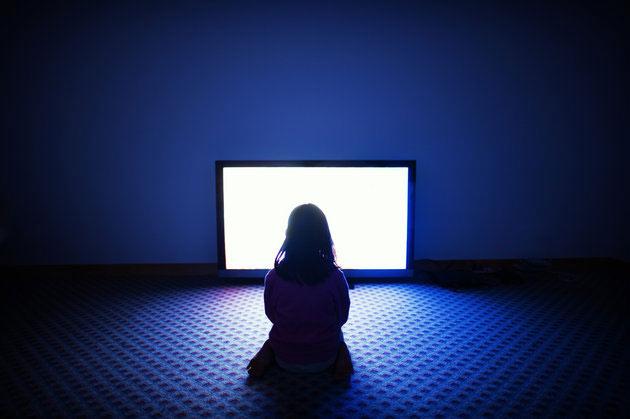 Photo of Еще одну серию: самые ожидаемые сериалы осени сериалы осени 2016 Еще одну серию: самые ожидаемые сериалы осени screen light