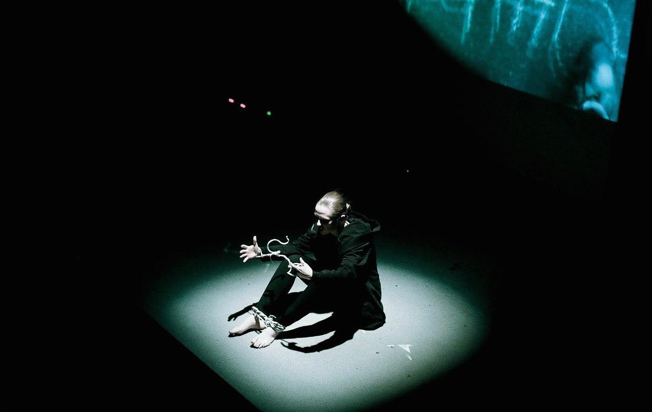 камилла лысенко, медиаспектакль наблюдатель, интербрейн камилла лысенко Создание мира онлайн. Интервью с Камиллой Лысенко                                        1
