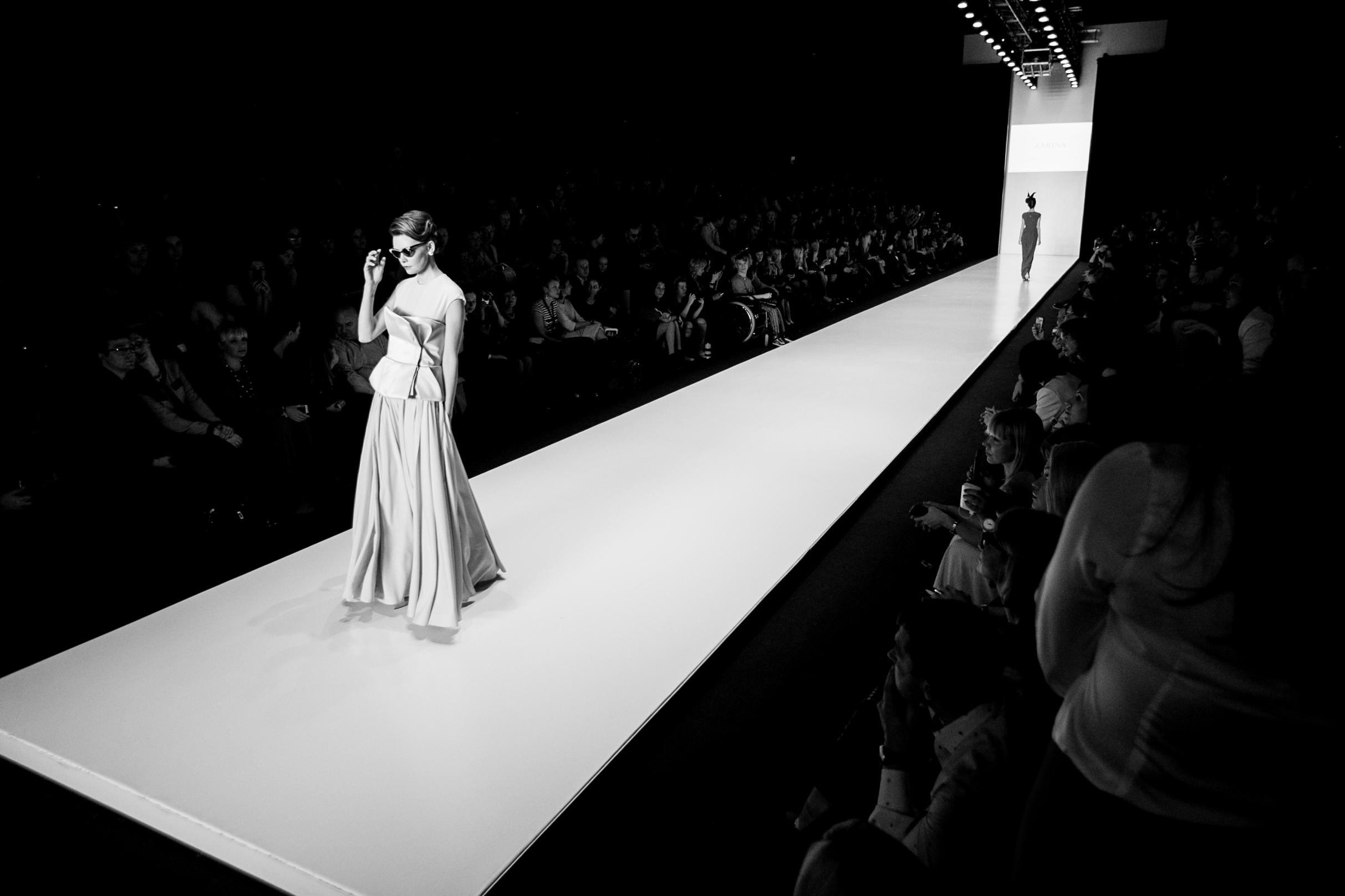 Photo of Mercedes Benz Fashion Week Russia: самые необычные показы последних 6 лет mercedes benz fashion week russia Mercedes Benz Fashion Week Russia: самые необычные показы последних 6 лет ZARINA 4