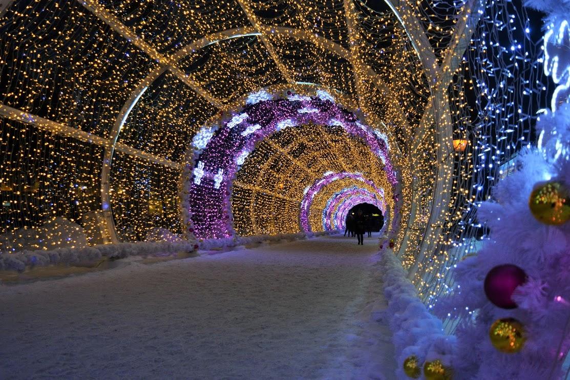 рождественский свет фестиваль в москве фото буквально