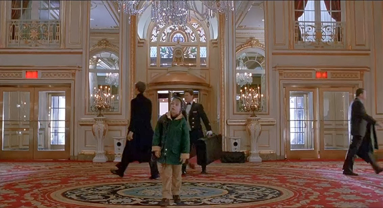 в европу бюджетно в европу бюджетно Европа — стань свободней! Home Alone 2 The Plaza Hotel NY 4
