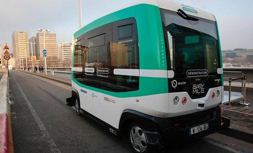 Photo of Первые беспилотные автобусы запустили в Париже Беспилотные автобусы Первые беспилотные автобусы запустили в Париже self driving bus paris 48440145
