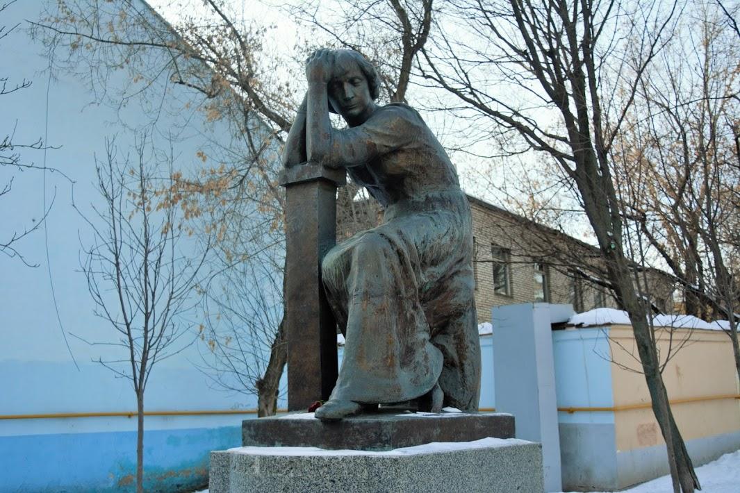 памятник Цветаевой, Арбат Арбат О тебе, Москва: Арбат