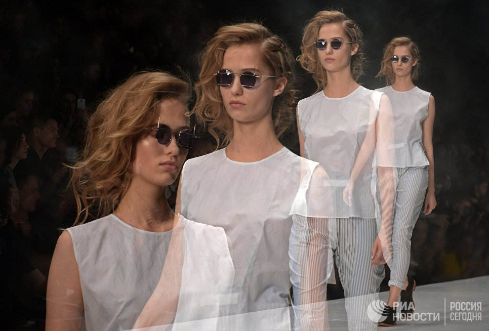 Photo of Mercedes-Benz Fashion Week Russia mercedes-benz fashion week russia Mercedes-Benz Fashion Week Russia 02 12