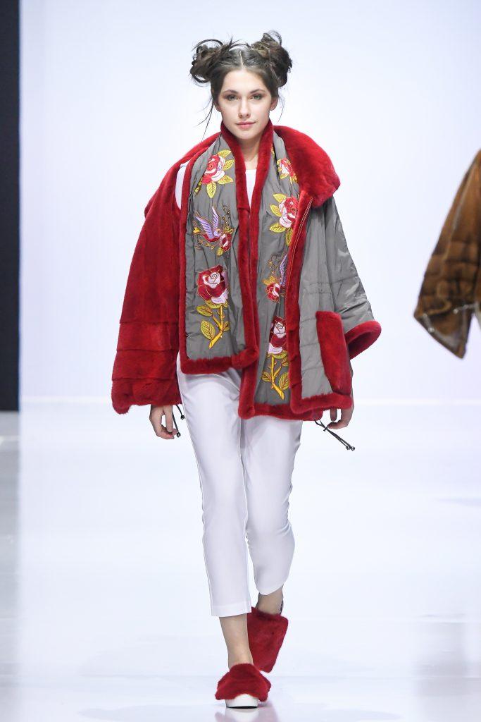 Неделя моды 37-й сезон Недели моды в Москве B0Y1239 683x1024