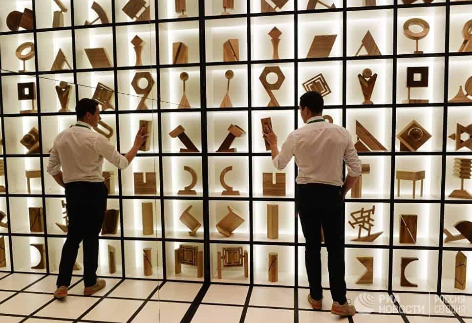В Москве открылась выставка архитектуры и дизайна В Москве открылась выставка архитектуры и дизайна 04 25