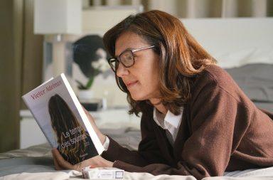 Главная героиня фильма - магистр в области литературы