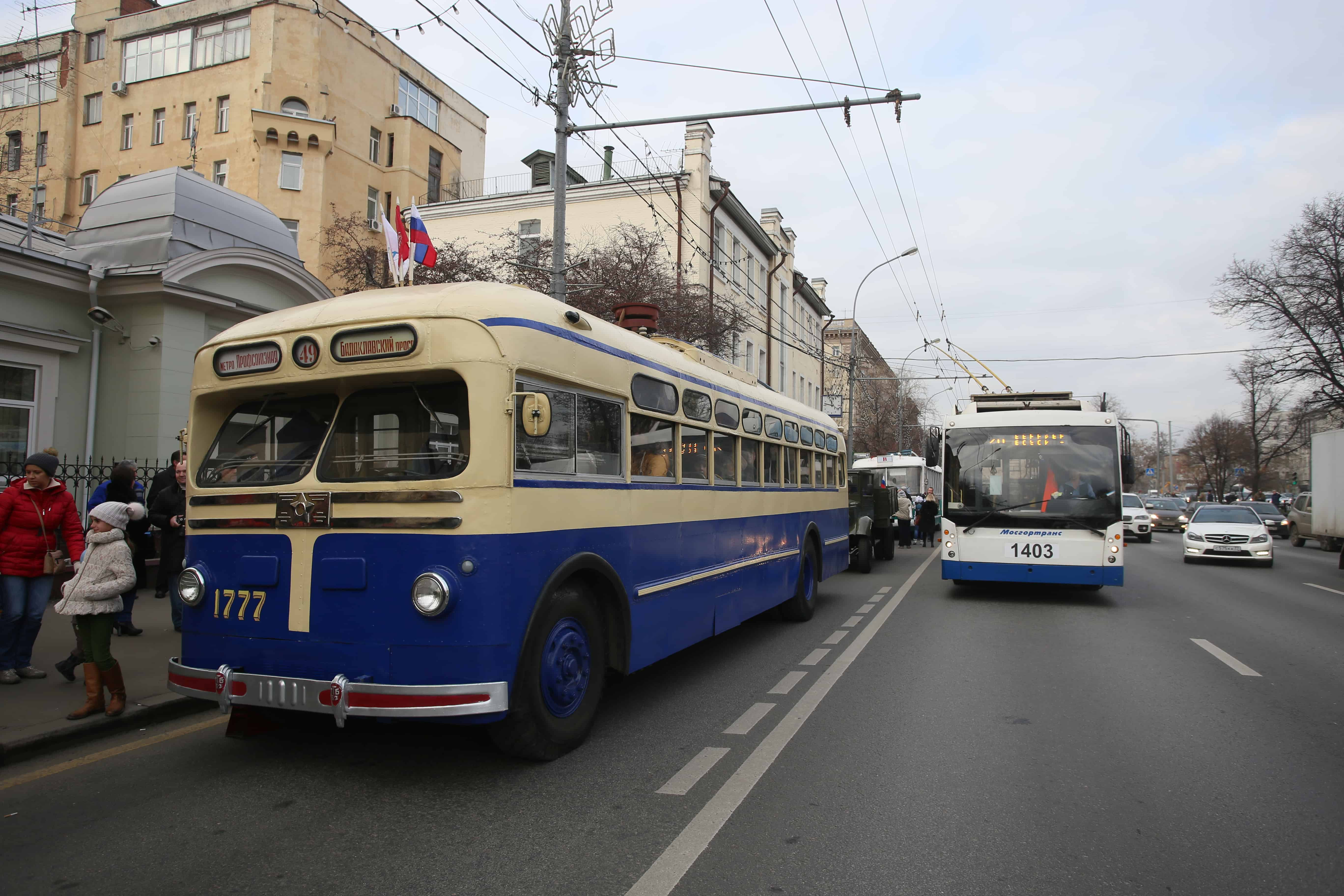 8 июля в Москве состоится парад транспорта 8 июля в Москве состоится парад транспорта 02 3