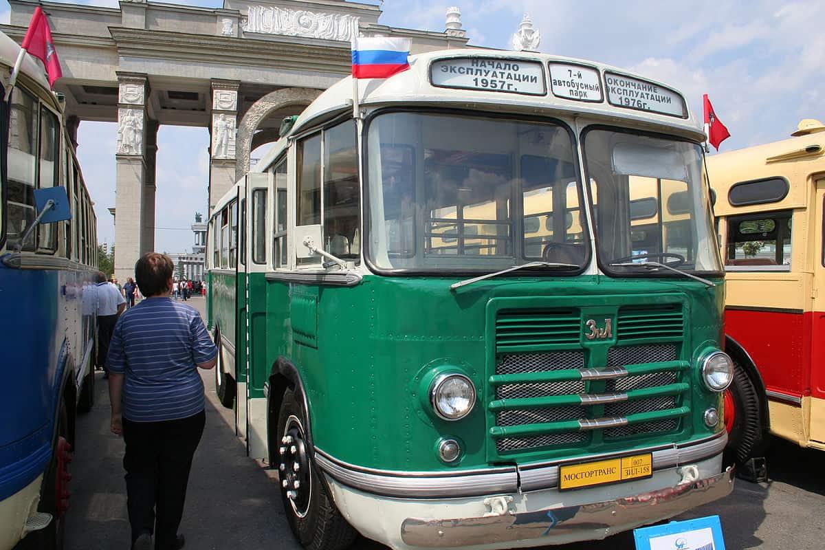 8 июля в Москве состоится парад транспорта 8 июля в Москве состоится парад транспорта 04 3