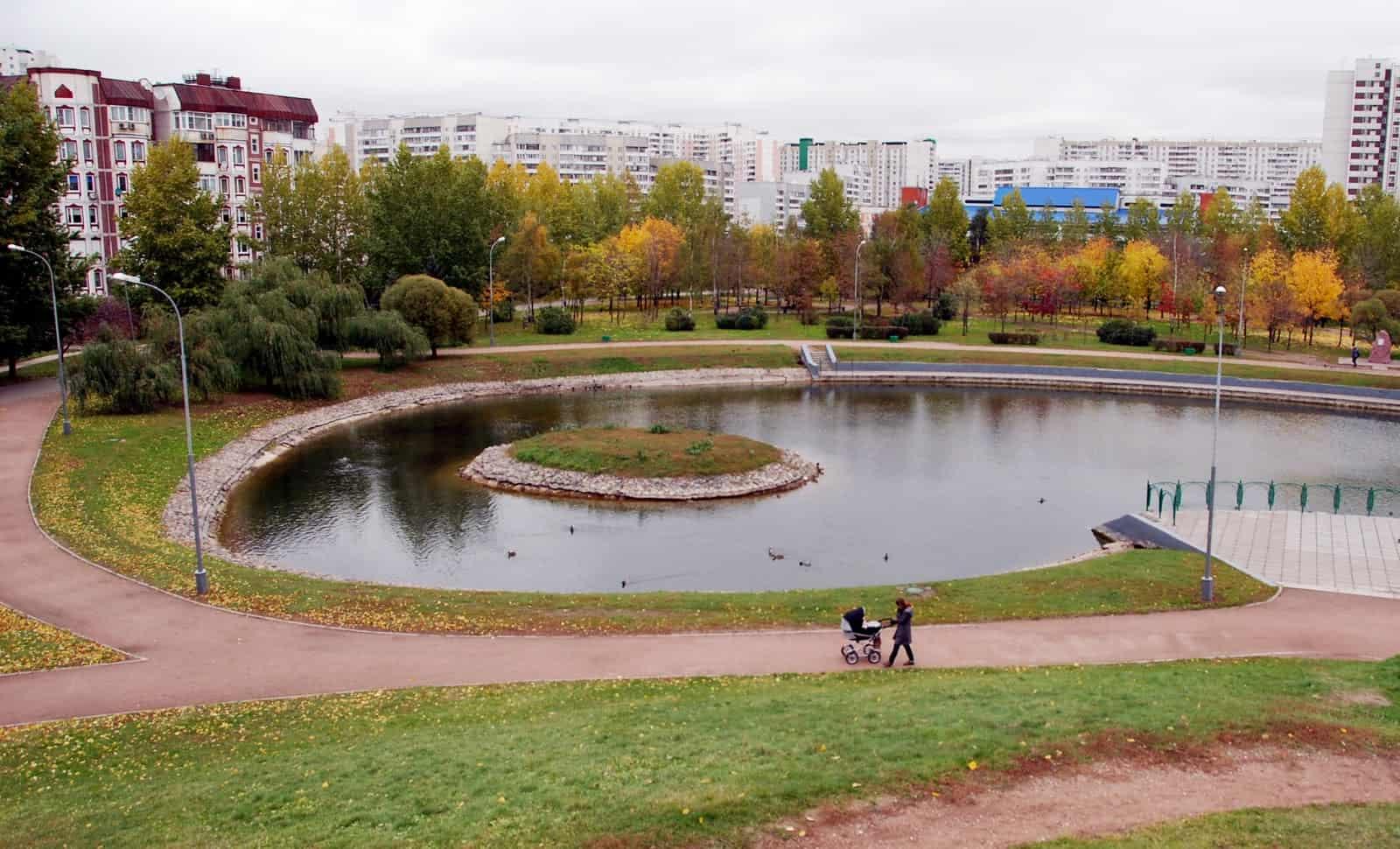 В Москве благоустроят парки у воды В Москве благоустроят парки у воды 05 15