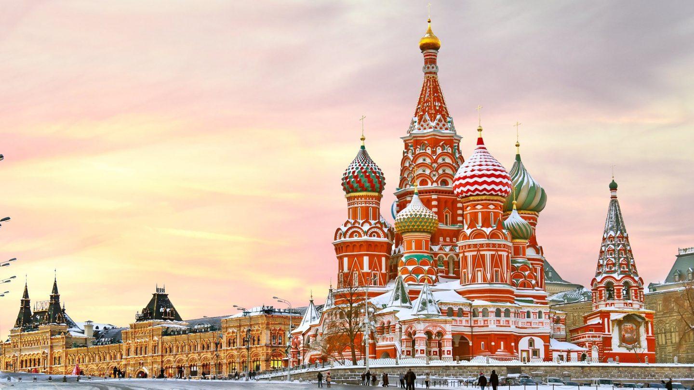 Москва - популярнее Парижа
