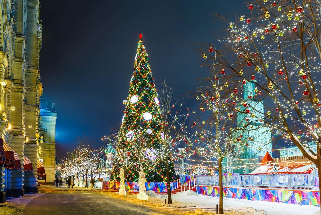 Световые конструкции к Новому году Световые конструкции к Новому году 4 8