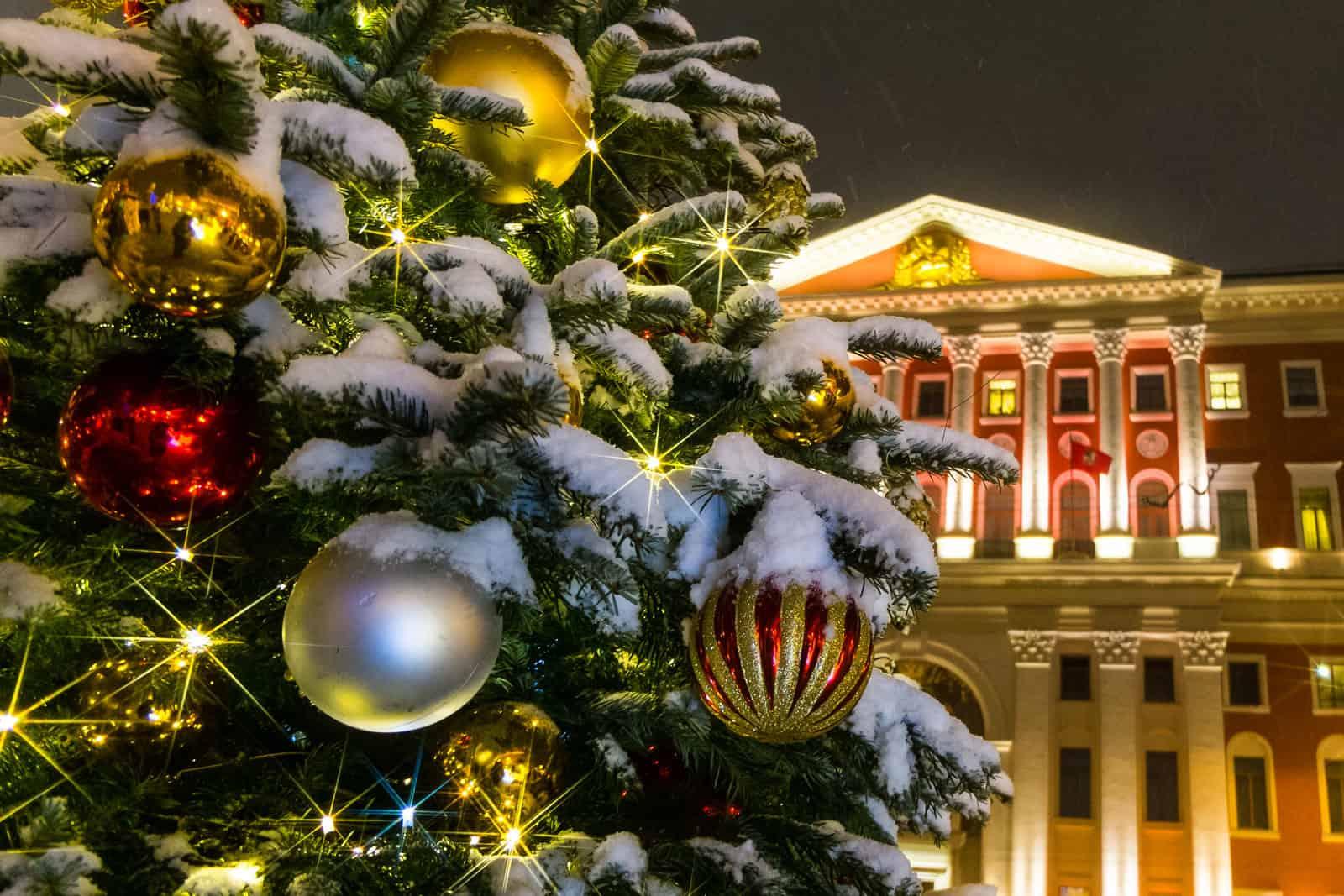 Световые конструкции к Новому году Световые конструкции к Новому году 5 6
