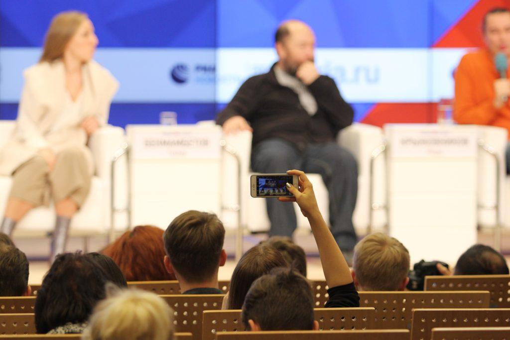 В Москве состоялась премьера новых «Ёлок» В Москве состоялась премьера новых «Ёлок» 8 2 1024x683