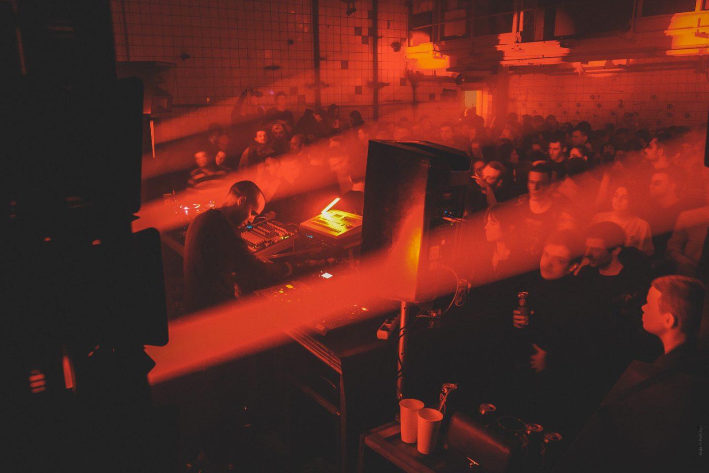"ROOTS UNITED NIGHT MOSCOW. Electro session в пространстве ""Плутон"""