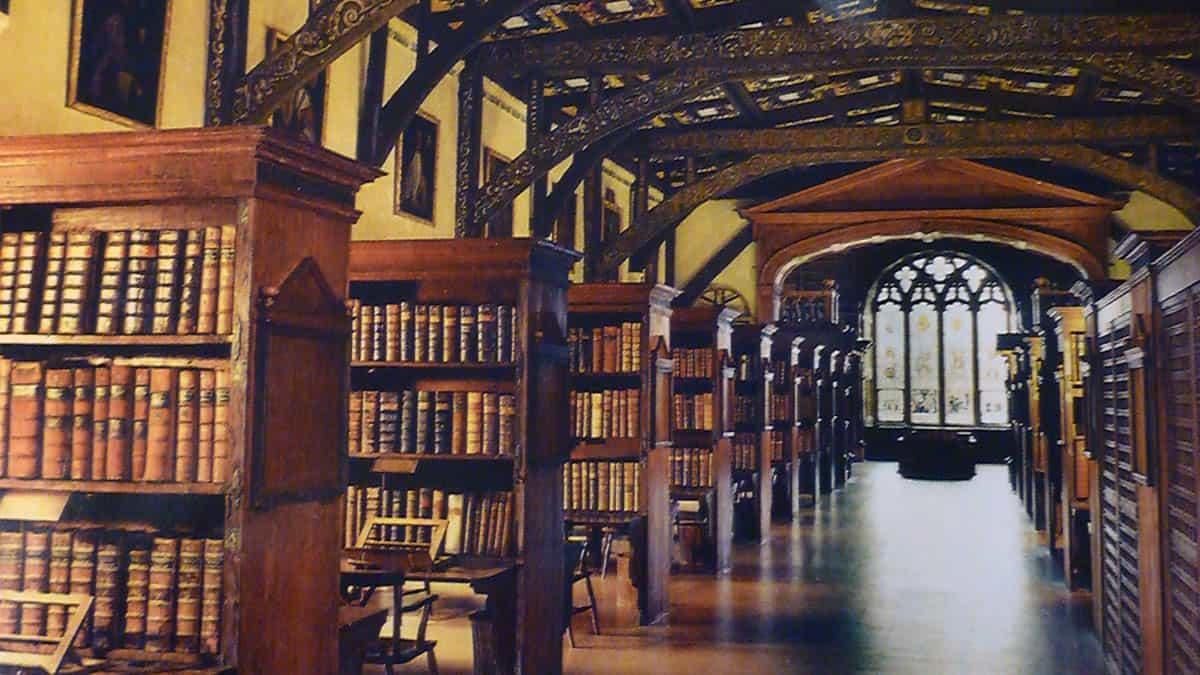 Photo of 7 особенных библиотек Москвы 7 особенных библиотек Москвы 7 особенных библиотек Москвы biblioteka hogvards