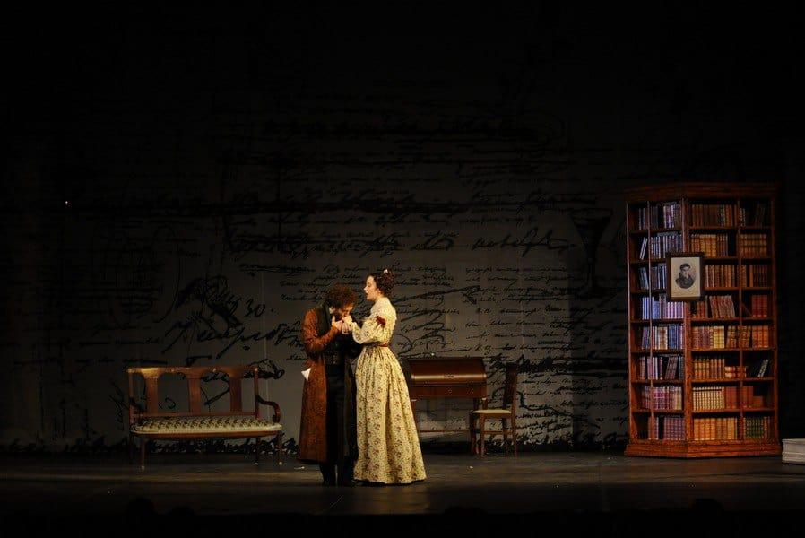 Спектакль «Пушкин» в Московском Губернском Театре oqVrlzfu5HI