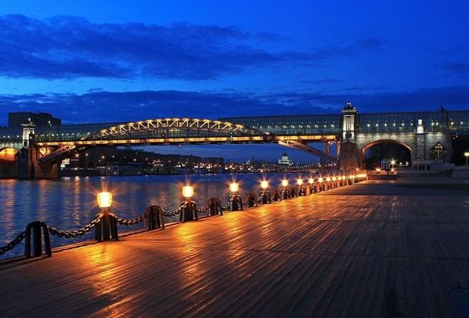 На набережных Москвы-реки появится освещение На набережных Москвы-реки появится освещение 3 7