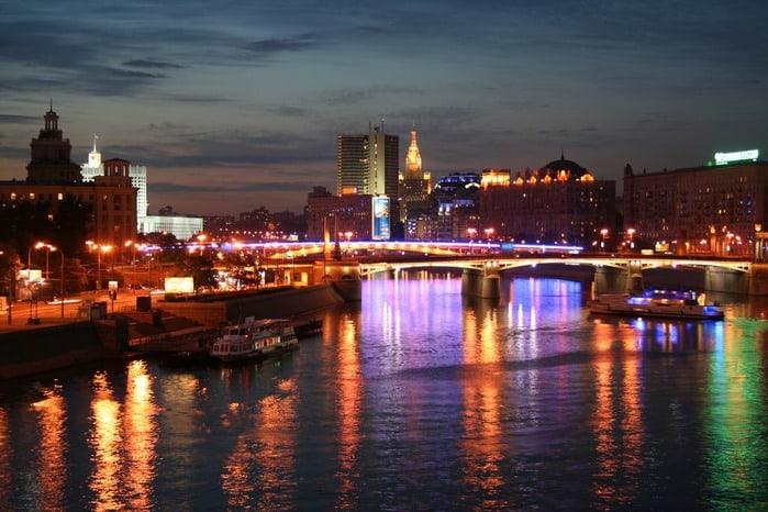 На набережных Москвы-реки появится освещение На набережных Москвы-реки появится освещение 5 9