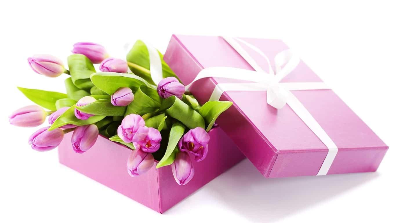 Подарки на 8 марта картинка