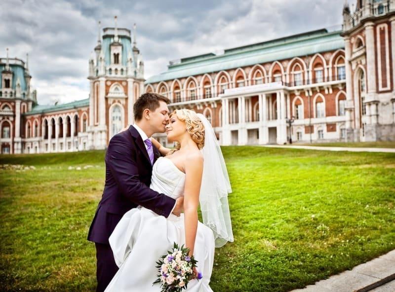 ЗАГСы Москвы готовятся к брачному буму 7 июля ЗАГСы Москвы готовятся к брачному буму 7 июля 2 15