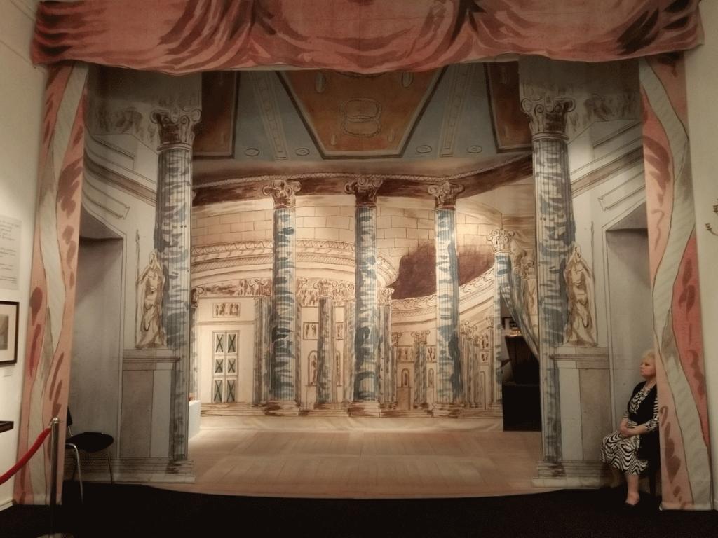 Музей имени А.А. Бахрушина выставки в москве сентябрь 2018 Театр архитектуры, спектакль декораций и пьеса о вещах 1