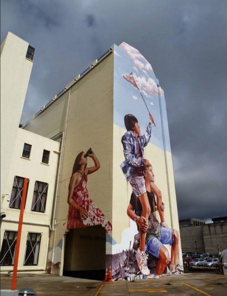 Стрит-арт стрит-арт Стрит-арт как форма коммуникации с городом Three dimensional street art from around the world the reality of which affects 10 787x1024