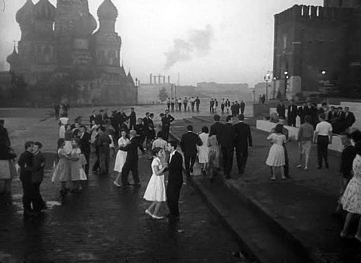 Мне двадцать лет Москва кинематографическая Москва кинематографическая: топ пять фильмов aqlLWIz3OMo