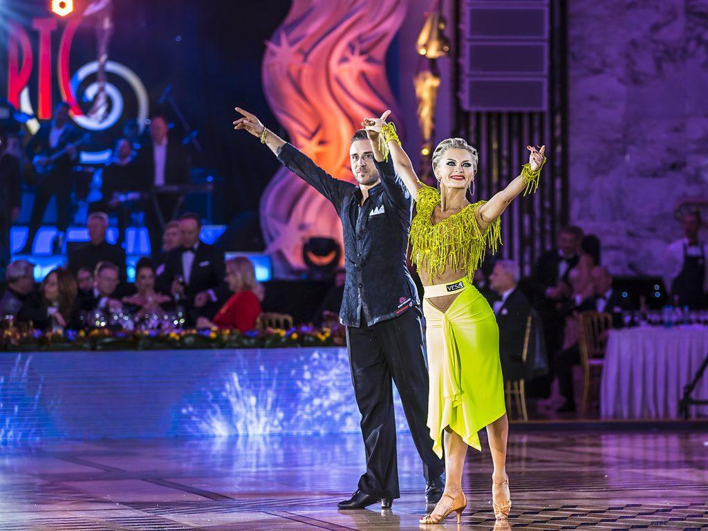 танцы Чемпионат мира 2018 по европейским танцам среди профессионалов                                                                                                                        1024x768