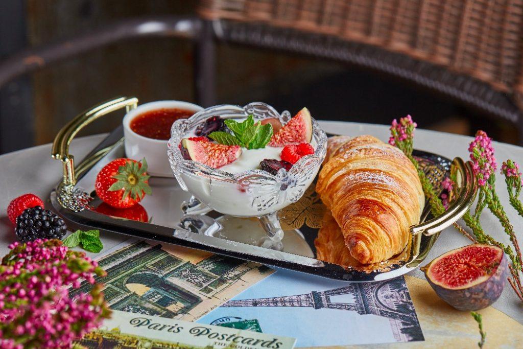 Французский завтрак 590 руб food embassy Мировые завтраки в Food Embassy                                         590         1024x683