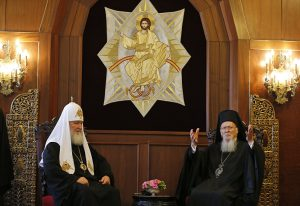 церковь Конфликт патриархий: как это повлияет на верующих                    300x206