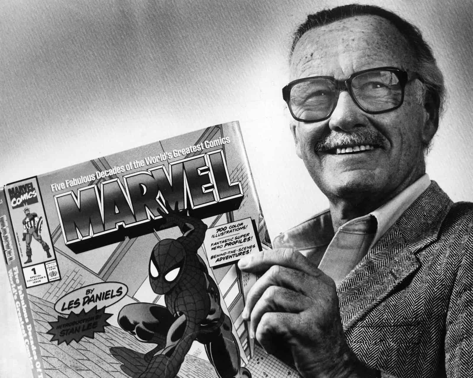 Стэн Ли Прощай, легенда! Ушел из жизни один из создателей вселенной Marvel – Стэн Ли 1517551426110088907
